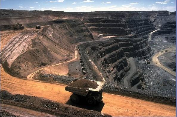 露天矿山常见安全隐患的排查与处置